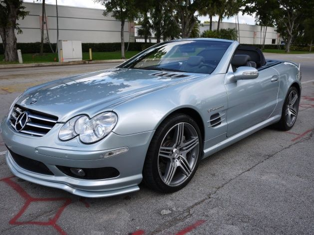 2003 MERCEDES BENZ SL55 AMG,32K MILES,VENTILATED & HEATED SEATS,CARBON FIBER STEERING WHEEL,CARBON FIBER CENTRAL CONSOLE,PANORAMIC ROOF,NEWER MODEL ORIGINAL 19
