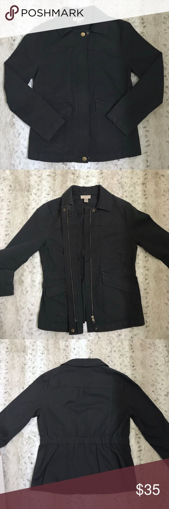 ANNE TAYLOR LOFT NAVY JACKET ❥ANNE TAYLOR LOFT NAVY JACKET ❥CONDITION: LIGHTLY WORN/NO TAGS  ❥I ACCEPT REASONABLE OFFERS THROUGH OFFER BUTTON! ❥FAST SHIPPER ➡️ SAME DAY OR NEXT MORNING DEPENDING ON WHEN ITEM IS PURCHASED 10% OFF ON ALL BUNDLES OF 2 OR MORE LOFT Jackets & Coats Utility Jackets