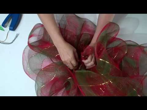 Como hacer moños de tull = How to make tulle bows - YouTube