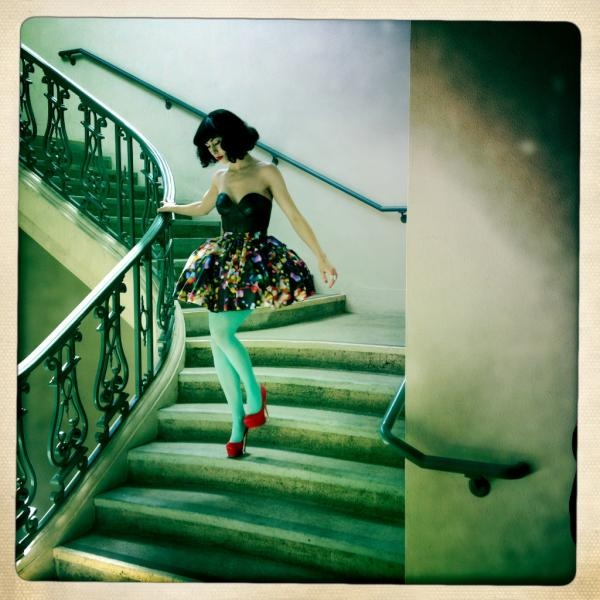 K i m b r a .Colors Combos, Fashion, Inspiration, Red Shoes, Green, Ruby Slippers, Music Videos, Floral Dresses, Kimbra