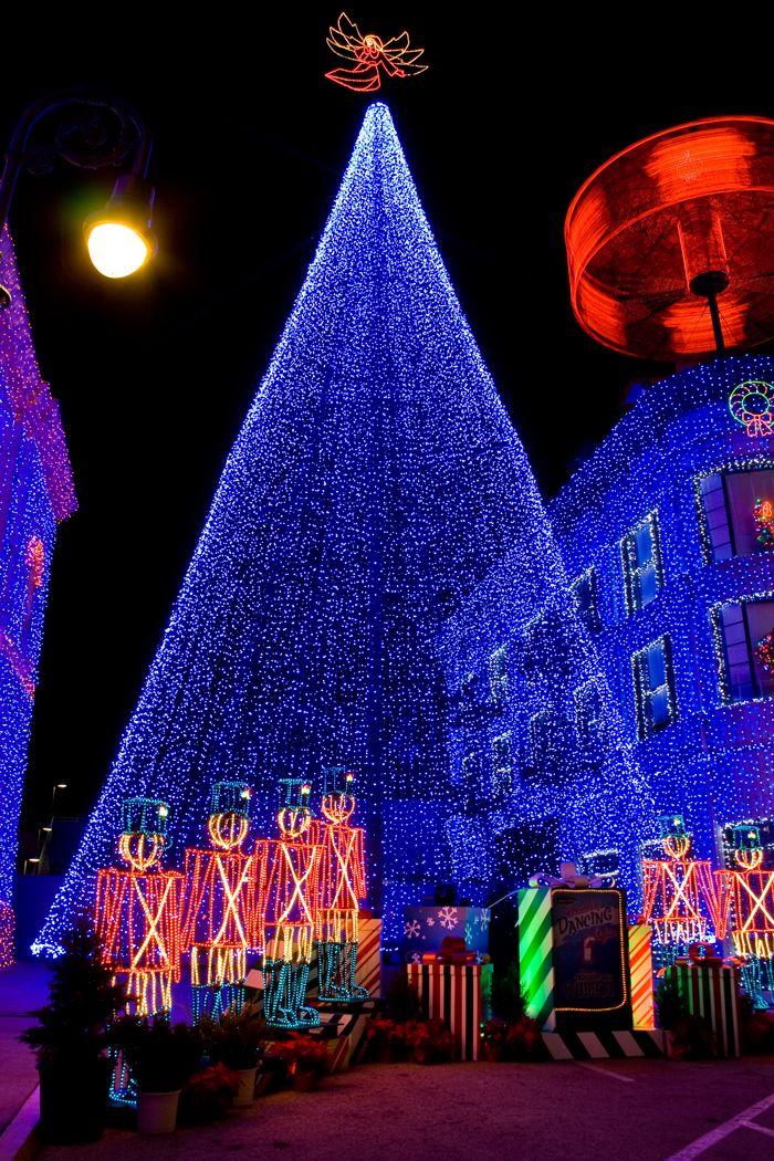 Best 25+ Blue christmas lights ideas on Pinterest | Blue christmas ...