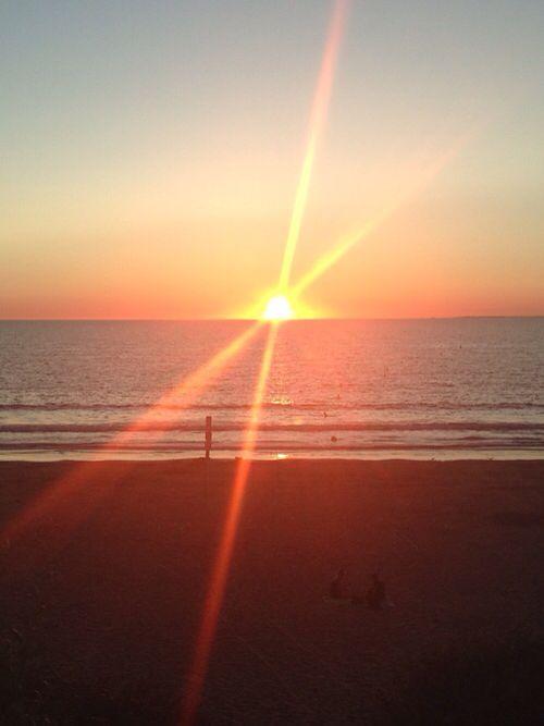 Coucher de soleil à tharon plage
