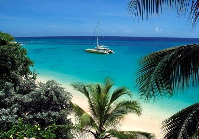 Catamaran at Anchor | © The Barbados Blogger