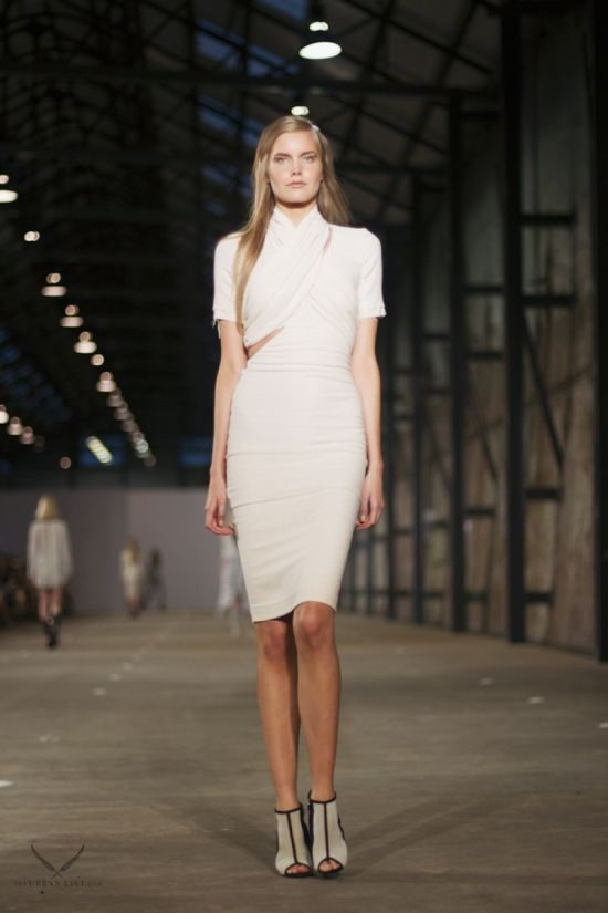 Bec & Bridge Runway Draping, relaxed silhouettes and a muted palette characterised Bec & Bridge's Fashion Week offering for 2014. Accessible, feminine and playful, all the reasons why this brand goes from strength to strength in the Australian market.