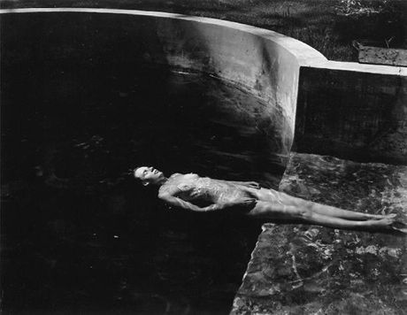 Edward Weston, Nude Floating, 1939