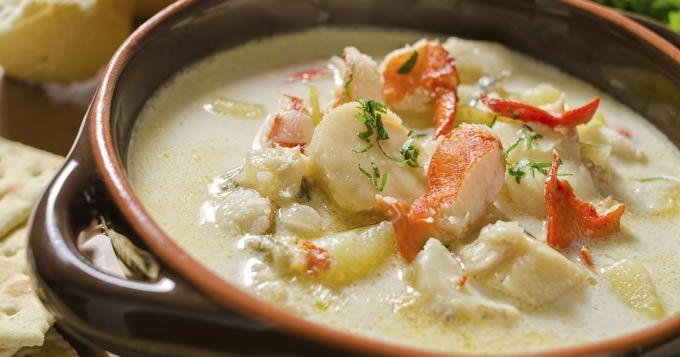 Soupe de Homard, st jacques et légumes, une recette CuisineAZ