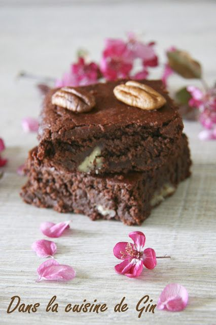 Brownie fondant aux noix de pécan  Recette sans gluten, sans lactose, sans beurre, sans oeuf.