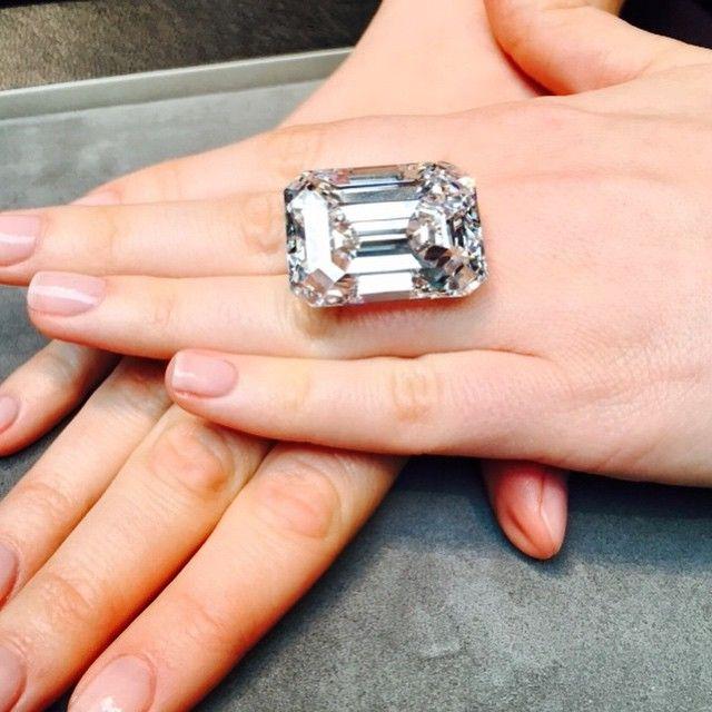 The 100 20 Carat Flawless Typeiia Emerald Cut Diamond Up For
