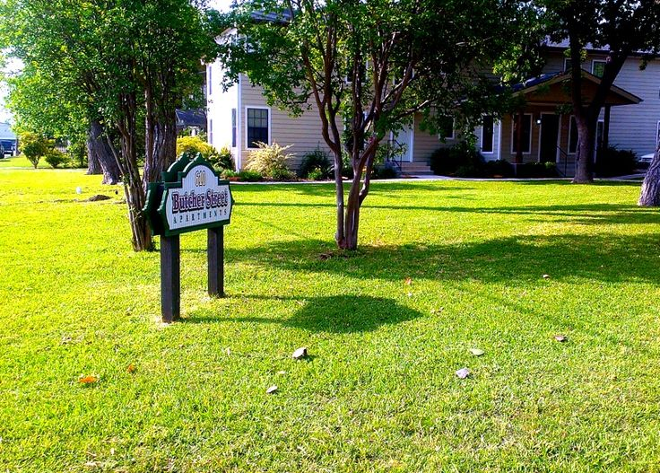 We do residential lawn mowing and we ALSO do commercial grounds maintenance! Call today for a free estimate for your commercial property! 830-515-0471