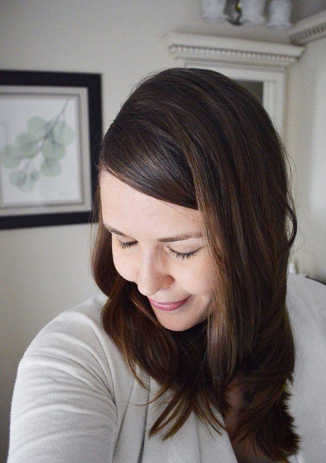 Волос и кожи головы Detox Mask - Это легко DIY глины Детокс маска будет детоксикацию и очищают волосы и кожу головы, оставляя ее мягкой, гладкой и ультра-чистой.