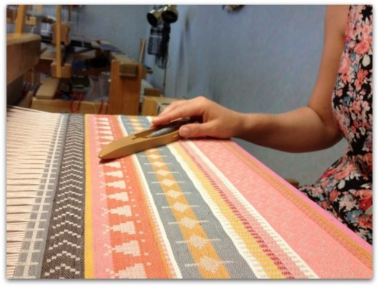 Weaving pattern in damask by The Bushcrafter