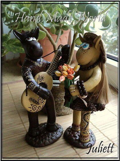 """Коллекционные куклы ручной работы. Ярмарка Мастеров - ручная работа Фигурки """"Влюбленные ослики"""". Handmade."""