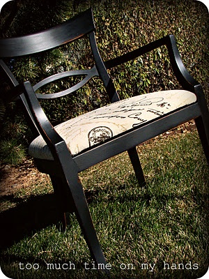 Homemade chalk paint in black idea