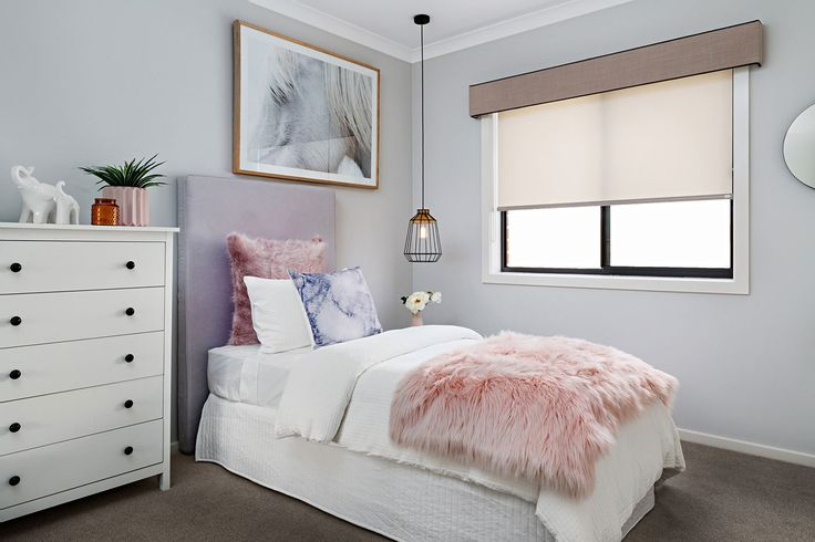 Roller Blind in Element Trans – Weathered Stone coupled with a Pelmet in Monterey – Angora, piped with Monterey – Smoke                                                                                                                                                     Window Furnishing: Roller Blinds                                                                                                                                                     Room: Bedroom