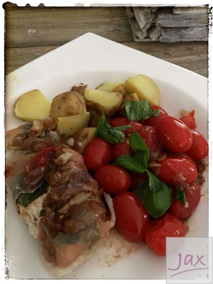Kipfilet met balsamico-tomaatjes en aardappelen
