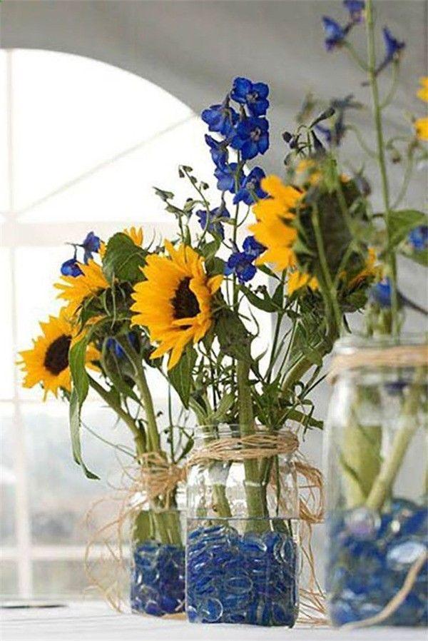 16 Rustic Sunflower Wedding Centerpiece Ideas for Summer and Fall Weddings #weddingonabudget