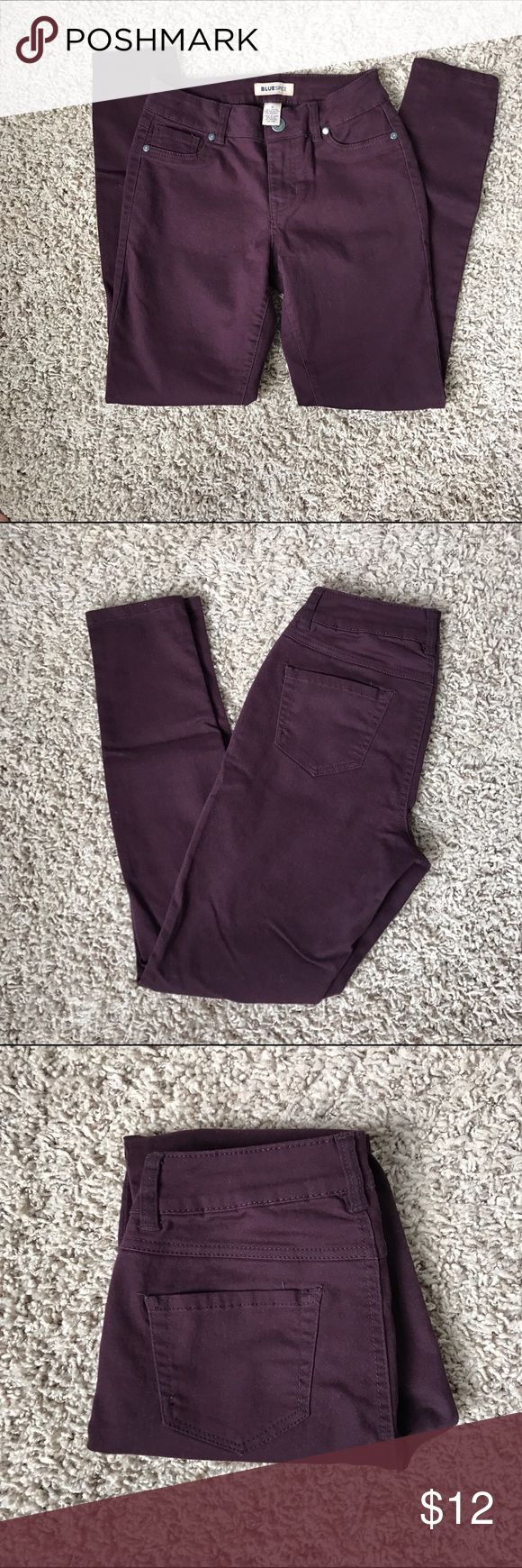 Purple skinny pants Plum purple skinny pants, size 5, perfect condition- new with OUT tags (they don't fit me). Very soft material! Pants Skinny