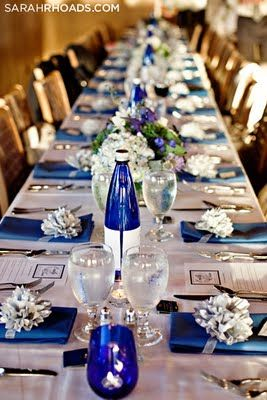 love the BLUE u0026 love the table setting & 117 best Blue Wedding Table Settings images on Pinterest | Wedding ...