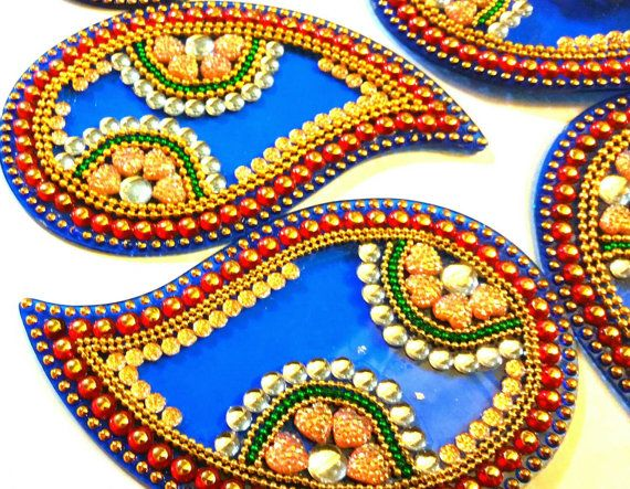 Rangoli Wedding centerpiece in Blue and golden by JustForElegance