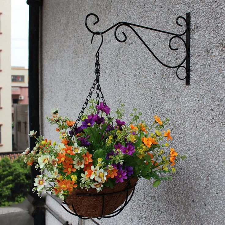 Plant Hanger Iron Balcony Railings Garden Wall Hook Hanging Plant Hook Shelf Flowerpot Rack Garden Hooks for Hanging Plants