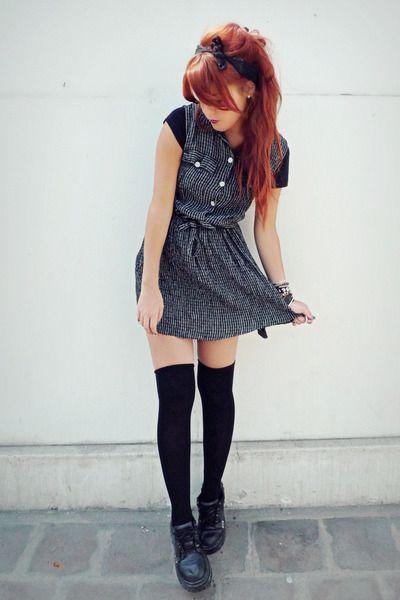 Black-vintage-dress-black-vintage-pumps