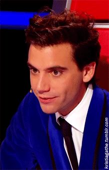 mika being creepy lol :p He's so funny