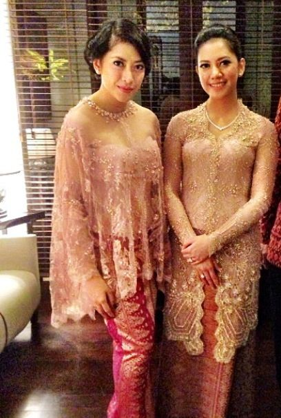 Pretty #simple #kebaya and songket