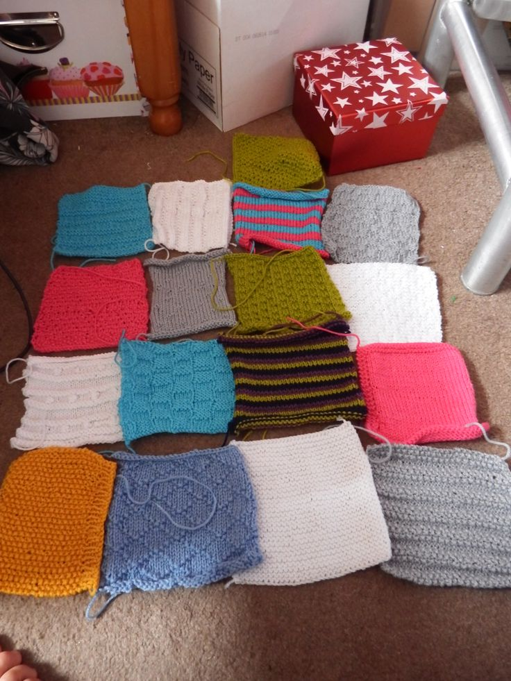 An #artofknitting WIP shot of the blacket. #17squares A combination shot with all the squares so far :)