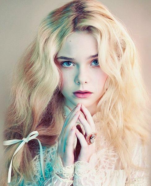 この画像は「目の保養・・♡まるで童話の妖精さんみたいな海外モデル・女優さん」のまとめの23枚目の画像です。