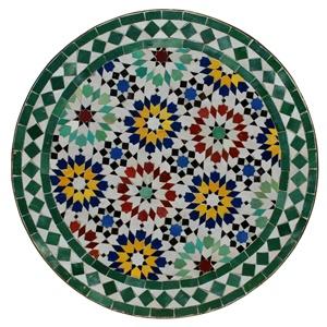 die einzelnen von hand geschlagenen fliesen werden in kunstvollen mustern in beton gebettet und von einem eisenring ummantelt - Fantastisch Mosaik Flie