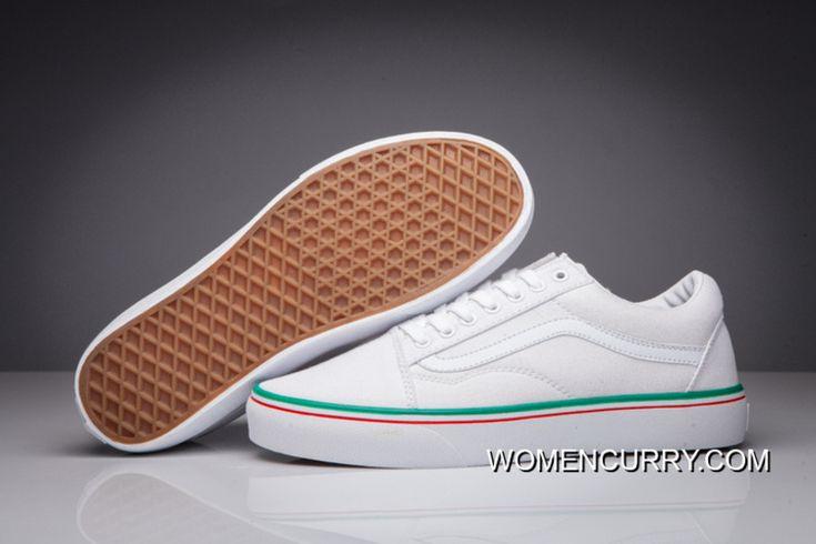 https://www.womencurry.com/vans-old-skool-pro-classic-navy-white-men-shoes-for-sale.html VANS OLD SKOOL PRO CLASSIC NAVY WHITE MEN SHOES FOR SALE : 57.72€