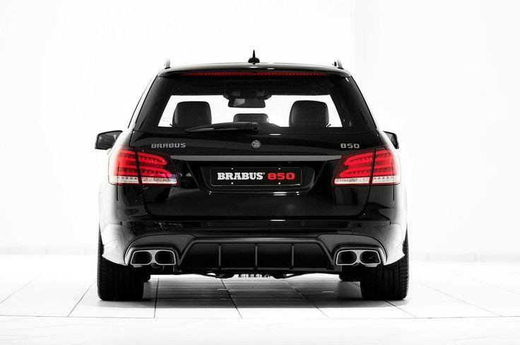 Brabus-850-6.0-Biturbo-Mercedes-Benz-E63-AMG-Wagon-rear-view