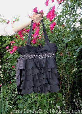 My Fancywork Blog: Черная сумка с воланами из шифона и атласным банто...