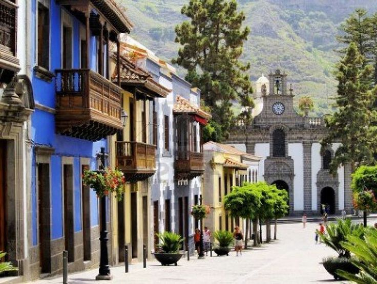 Teror is, according to many travel guides, the most beautiful old town in Gran Canaria.