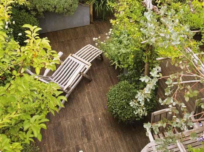 Les 7 meilleures images du tableau jardin fleuri sur for Decorer une cour interieure