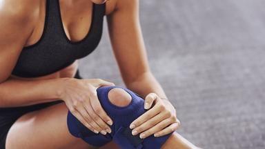 Řeč těla: Co nám odkrývají potíže s koleny?