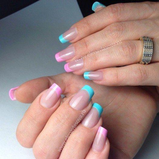 Бирюзово-розовый французский маникюр