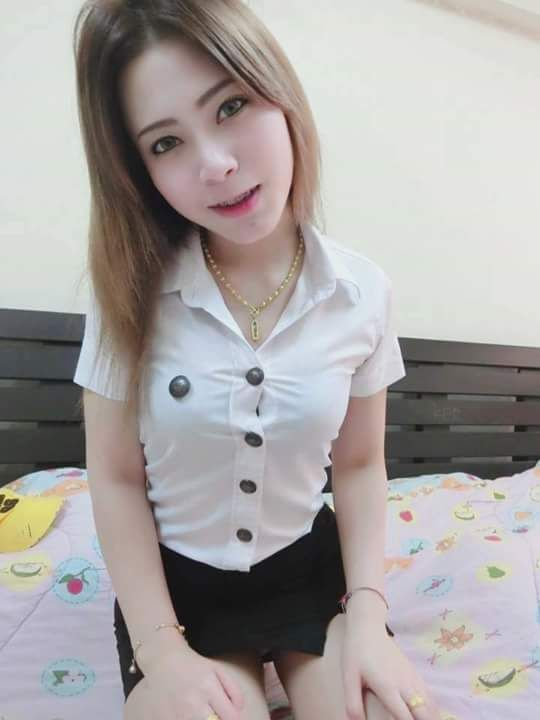Thai sexy school girl