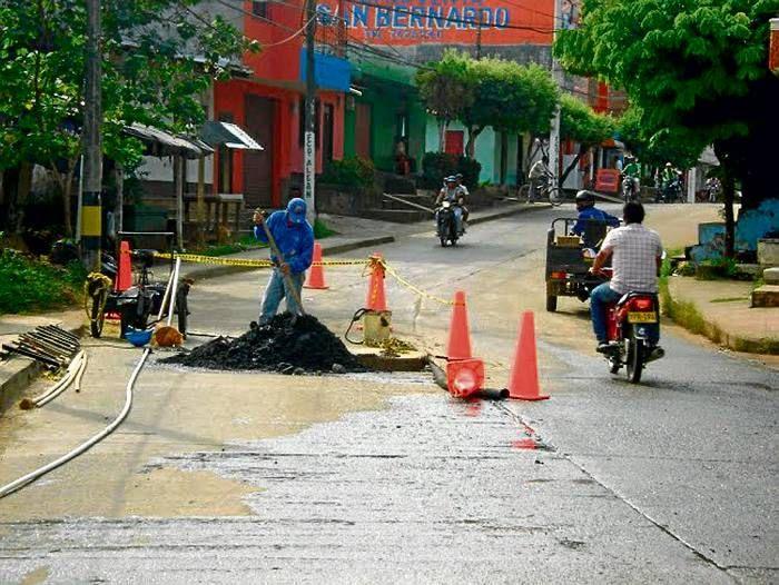 Las aguas contaminadas de montelibano Los habitantes de montelibano estaban consumiendo aguas contaminadas y así eran consumidas