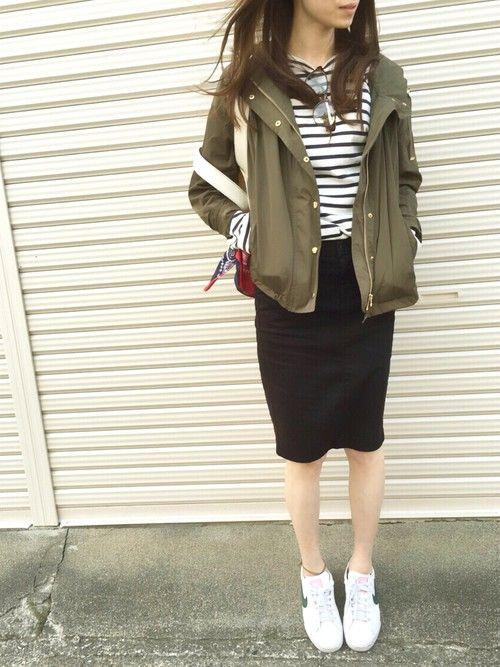マリンスタイルにさらっと羽織る <春夏ファッション マウンテンパーカー・レディース>