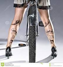 Bildresultat för ben tatueringar på kvinnor