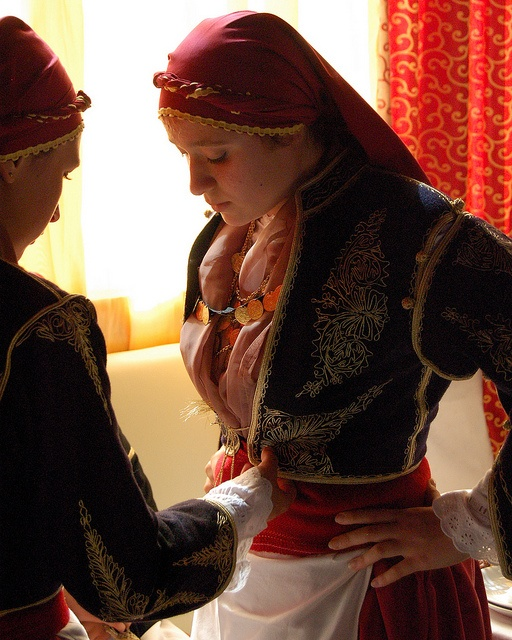 Ta Sfakia folk dance recital on the Greek island of Crete by Peace Correspondent, via Flickr