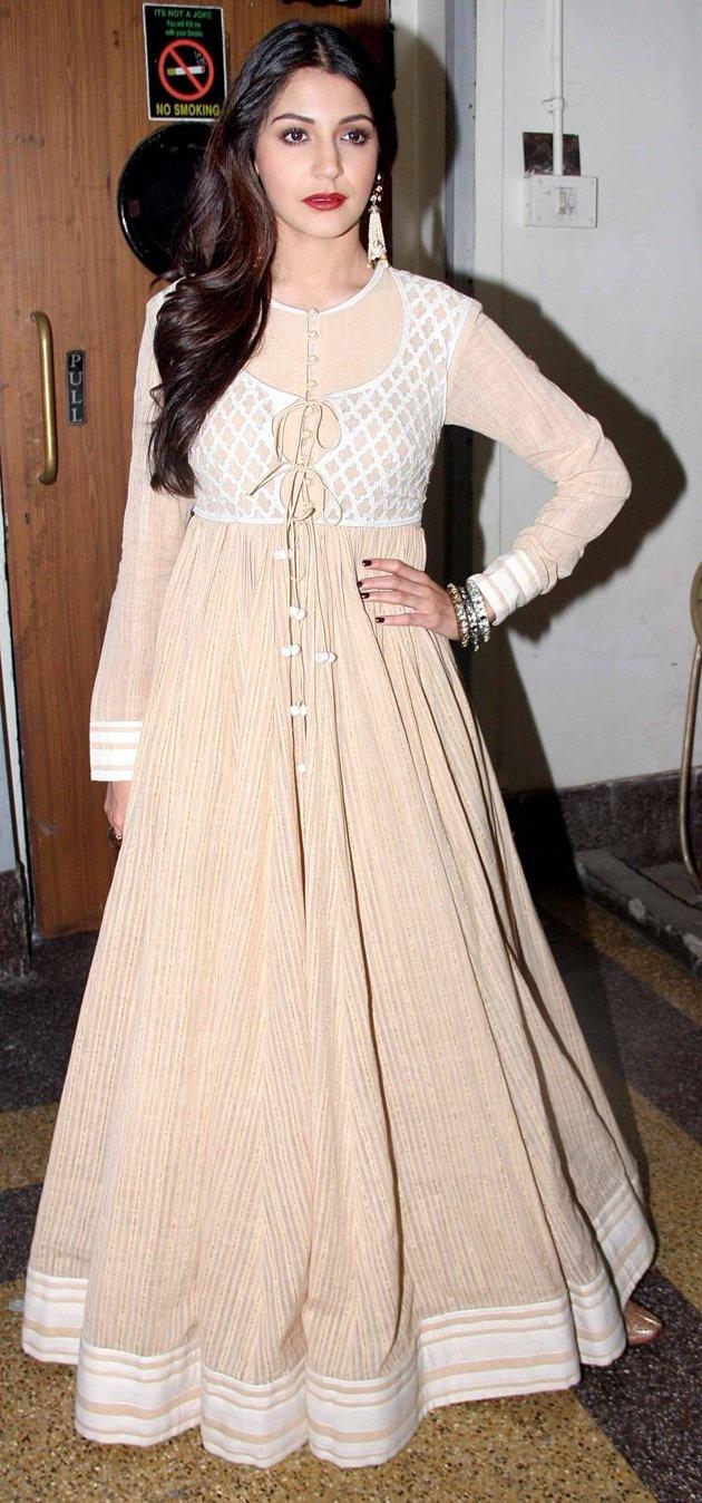 Celebrity Dress up-Bollywood Fashion Stars - Celebrity Fashion - SkinSecrets.in