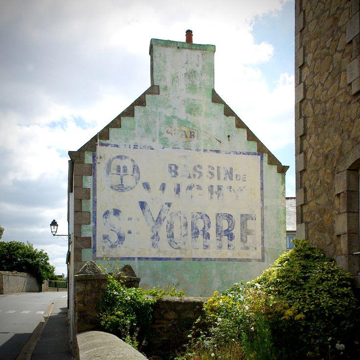 Rue Laennec, Roscoff (Finistère). Août 2009.