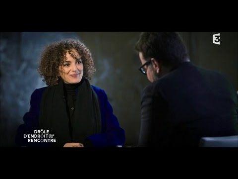 Interview de l'écrivain Leïla Slimani à la Scala de Paris - Drôle d'endroit pour une rencontre - YouTube