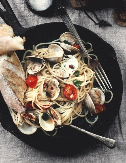 clams: Healthy Meals, Summer Food, Italian Cooking, Seafood Pasta ...