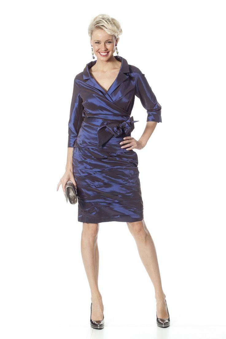 Cov 0853 - | Trakteer uzelf op de perfecte bruidsmoederkleding van vele topmerken. Ook specialist in mooie feest- of avondkleding.