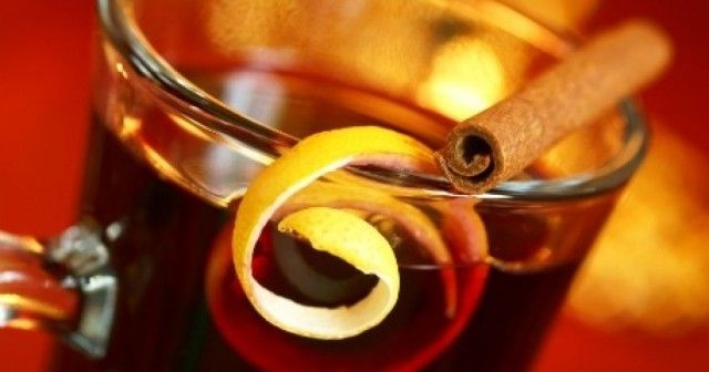 Svařené víno s jablečnou šťávou
