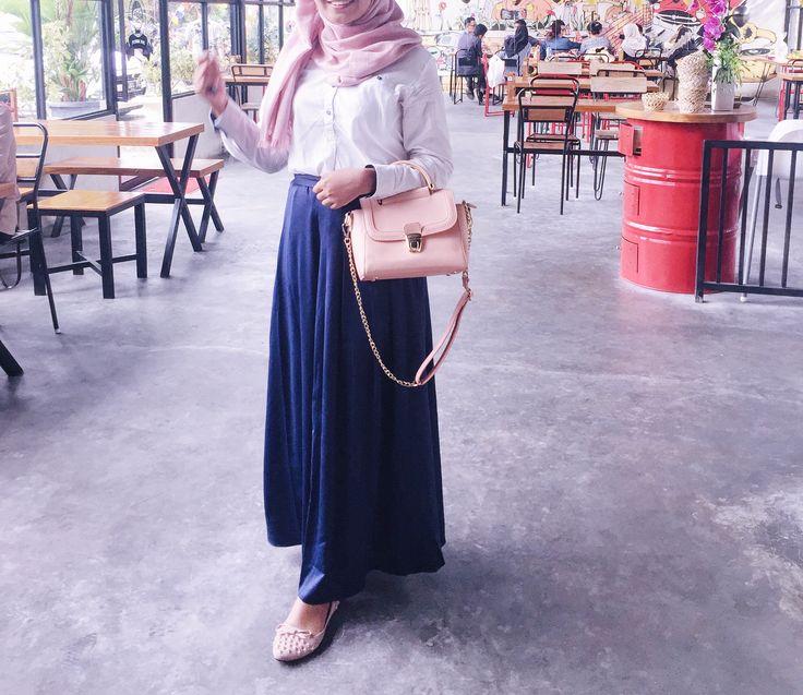Pink blue skirt hijab ootd