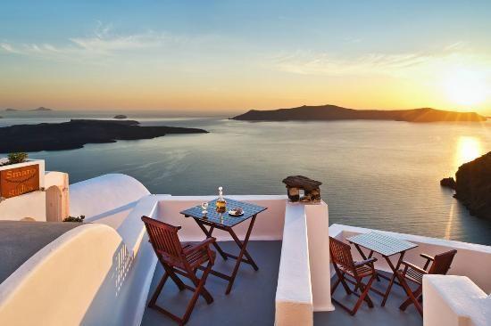 Santorini accommodation: Smaro Studios